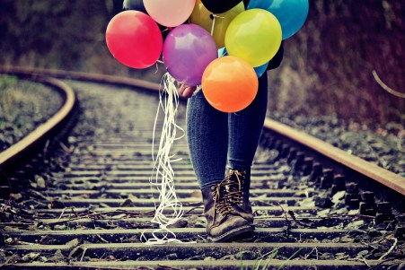 balloons-on-railway.jpg